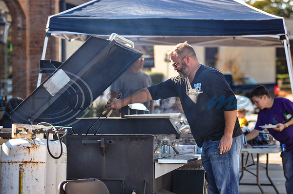 Scott Herod with Cut Beef was on hand to serve hot dogs for a community celebration marking the 70th Anniversary of The Village Bakery in Tyler. The event took place on Saturday, October 27. (Jessica T. Payne/Tyler Morning Telegraph)