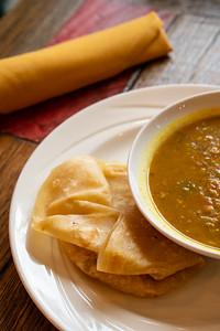 11 Hauz curry chickpea w-roti-01754