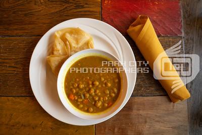11 Hauz curry chickpea w-roti-01745