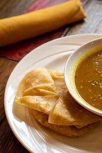 11 Hauz curry chickpea w-roti-01753