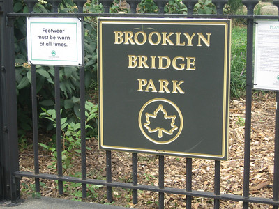 first we stopped in Brooklyn Bridge park for some great views of the Bridge and a history lesson, tony style