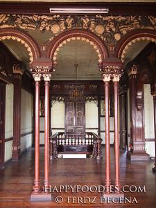 Pamintuan Mansion