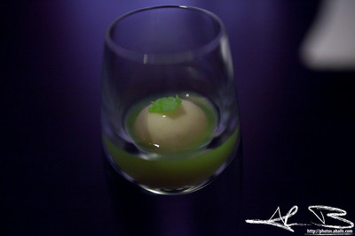Granny Smith apple shot with celery.