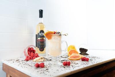 Spritzer - falling fruit-09299
