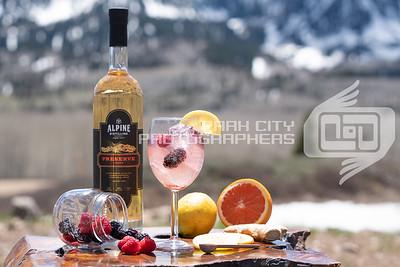 Alpine Outdoors - wine glass-09809