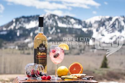 Alpine Outdoors - wine glass-09818