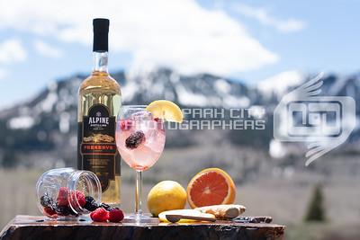 Alpine Outdoors - wine glass-09807