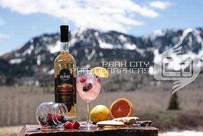 Alpine Outdoors - wine glass-09812