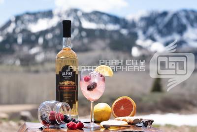Alpine Outdoors - wine glass-09810
