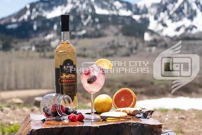 Alpine Outdoors - wine glass-09817