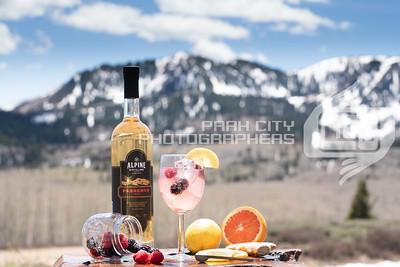 Alpine Outdoors - wine glass-09821