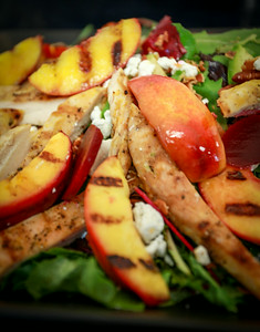 Grilled Nectarines Salad