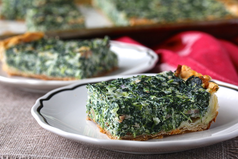 Spinach and Bacon Sheet Pan Quiche