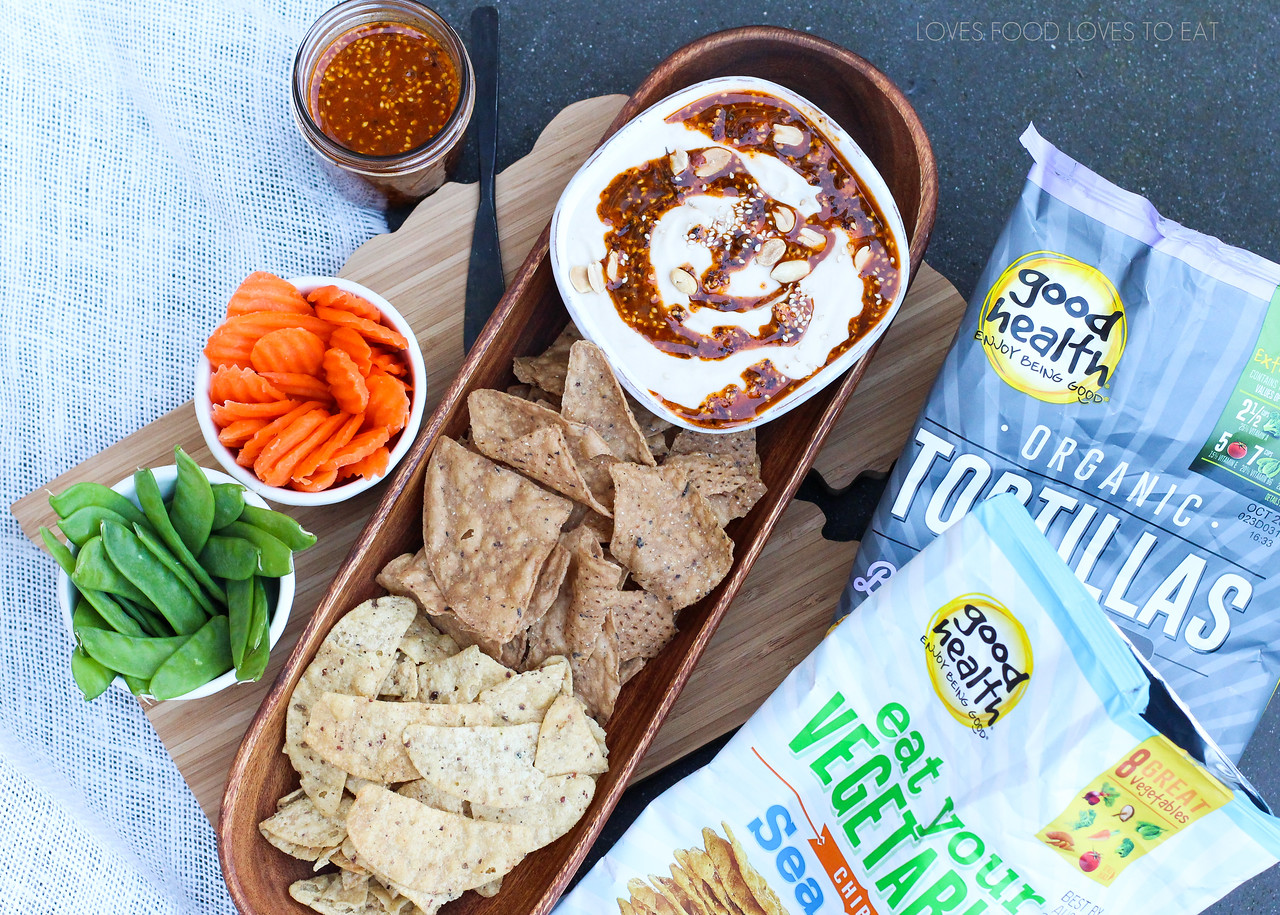 White Bean Dip with Salsa Macha Swirl \\ Loves Food, Loves to Eat #enjoygooddipping