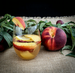 Summeripe Peach & Nectarine Sangria