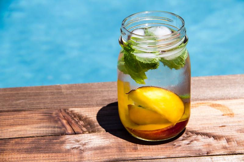 Summeripe Peach-Infused Water