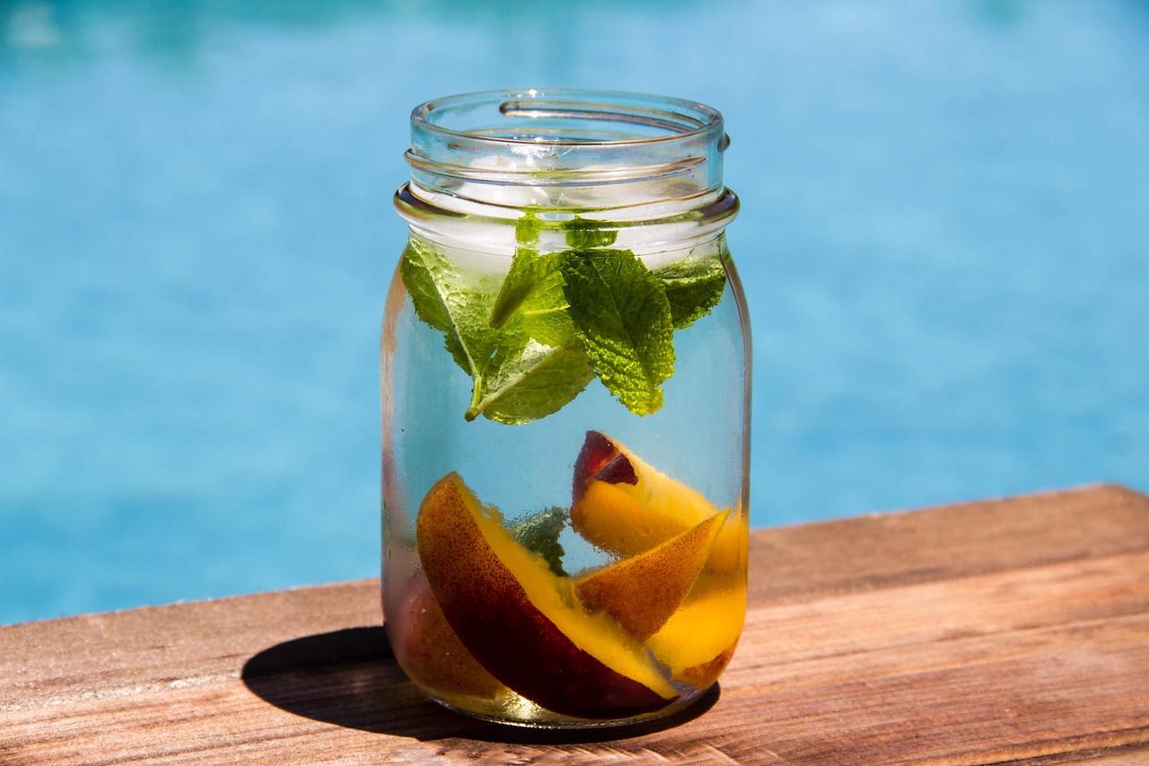 Summeripe Peach-Infused Waterr