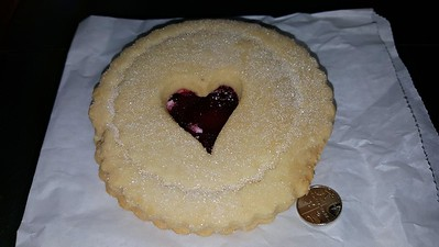 Giant Jammie Dodger