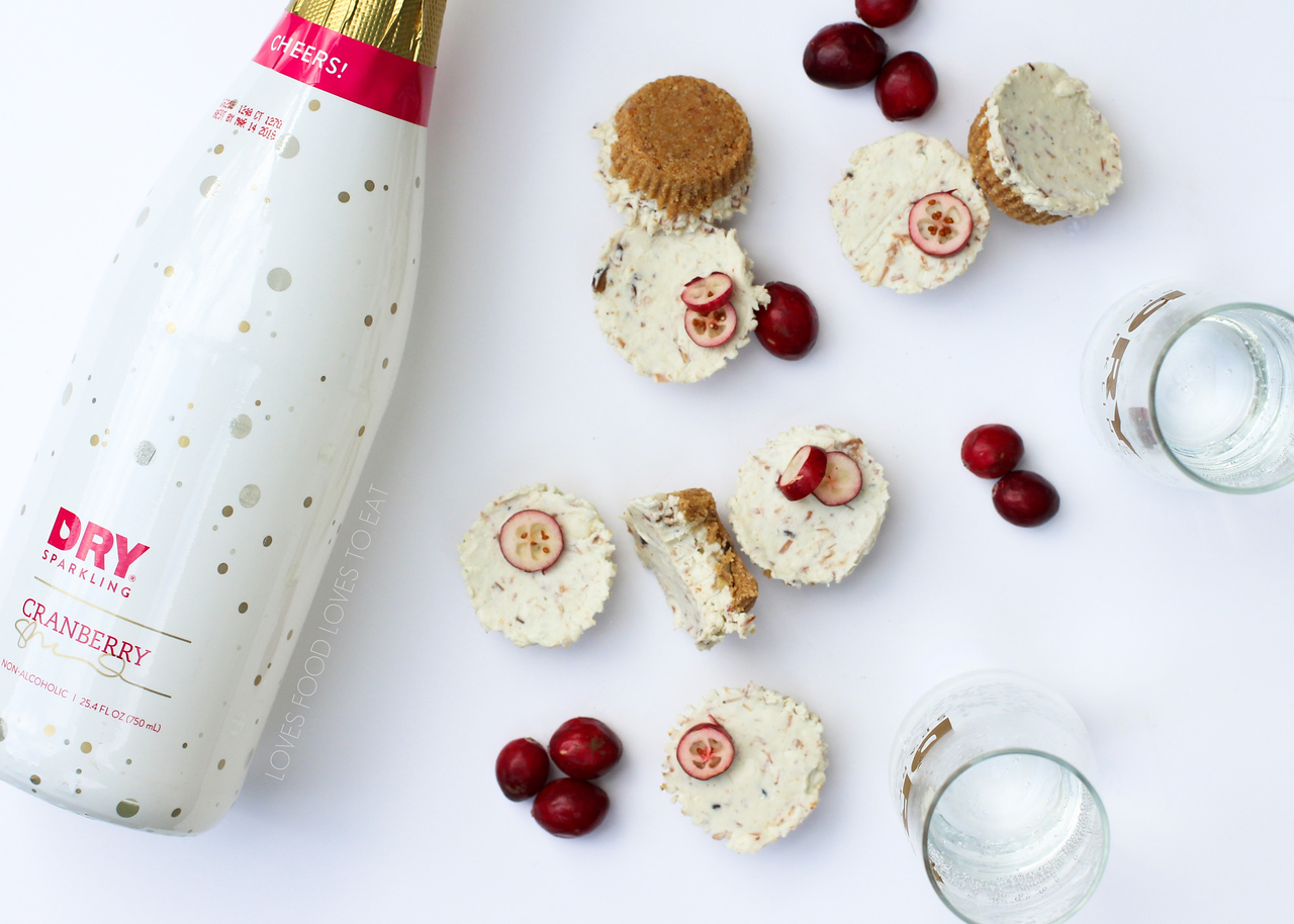 Holiday Pairing Party with DRY Sparkling! // Loves Food, Loves to Eat #HolidayPairingParty