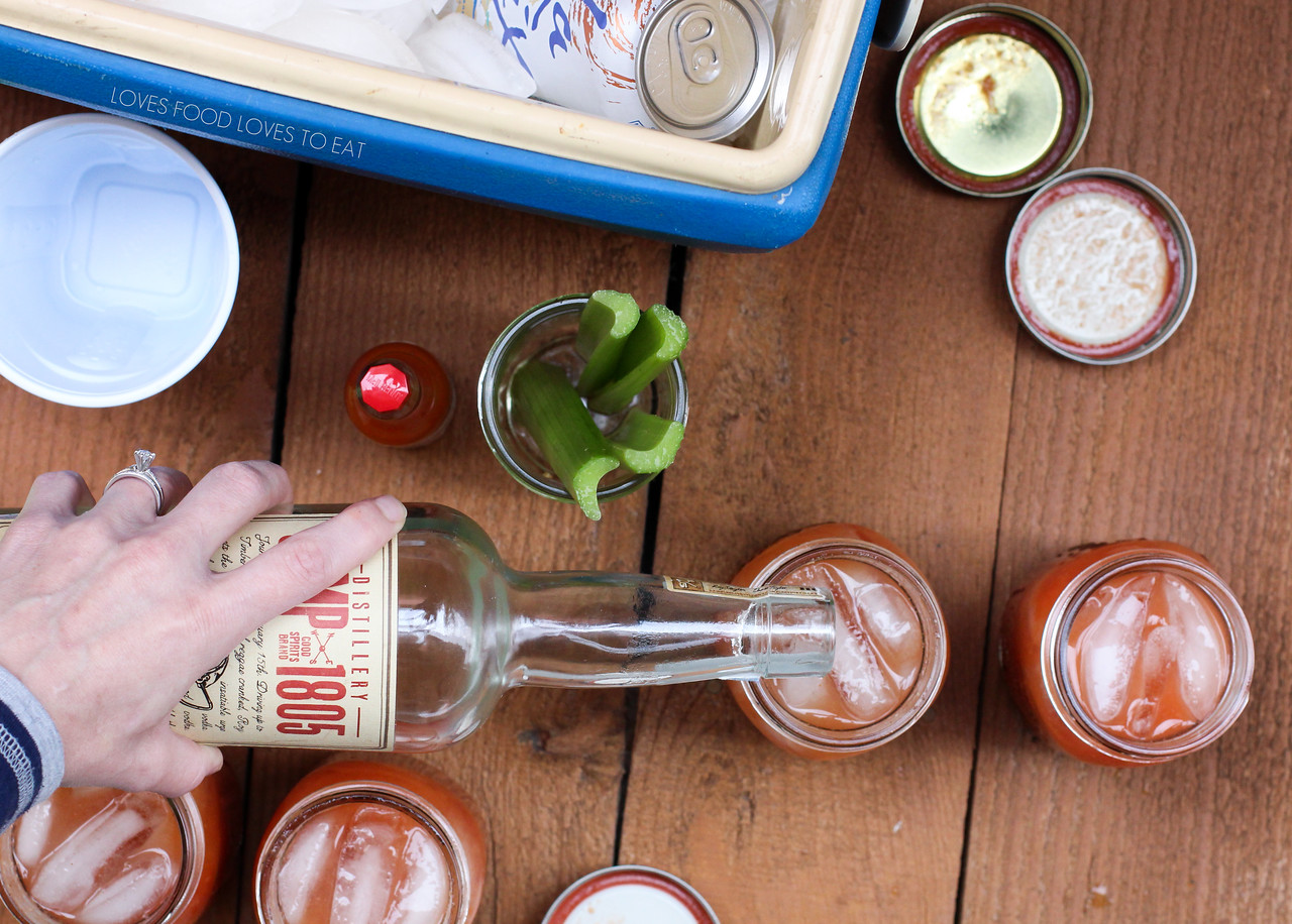 Tailgate Bloody Marys // Loves Food, Loves to Eat | #foodiefootballfans