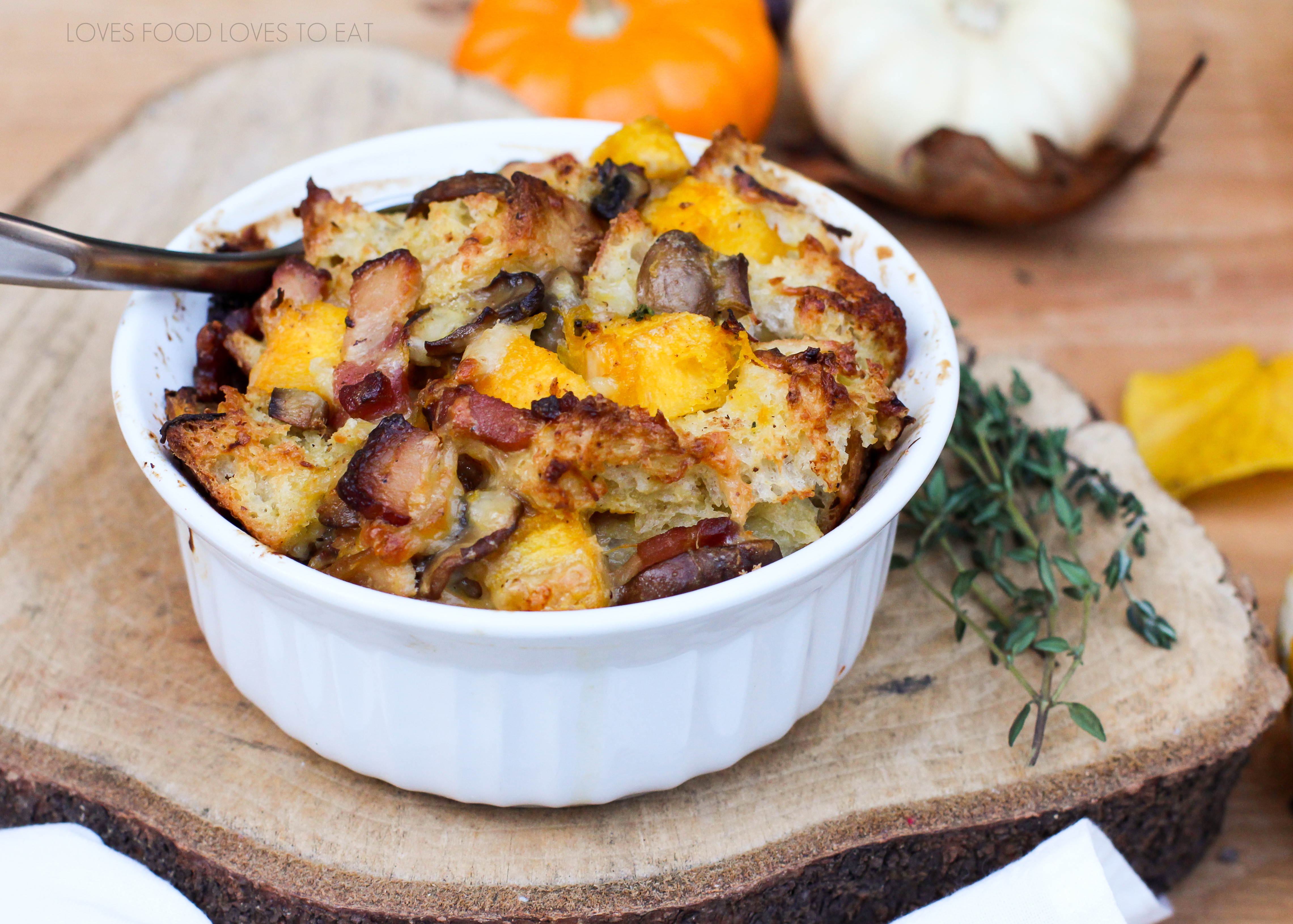 savory pumpkin bread pudding // Loves Food Loves to Eat