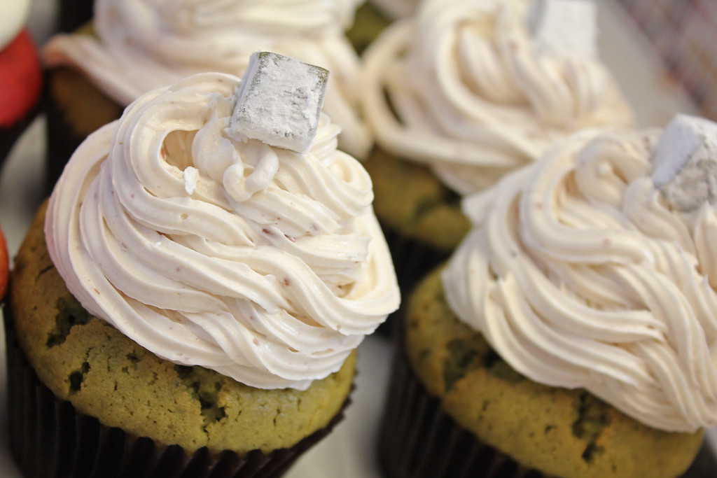 Esther's Cupcakes | Green Tea w/ Mochi