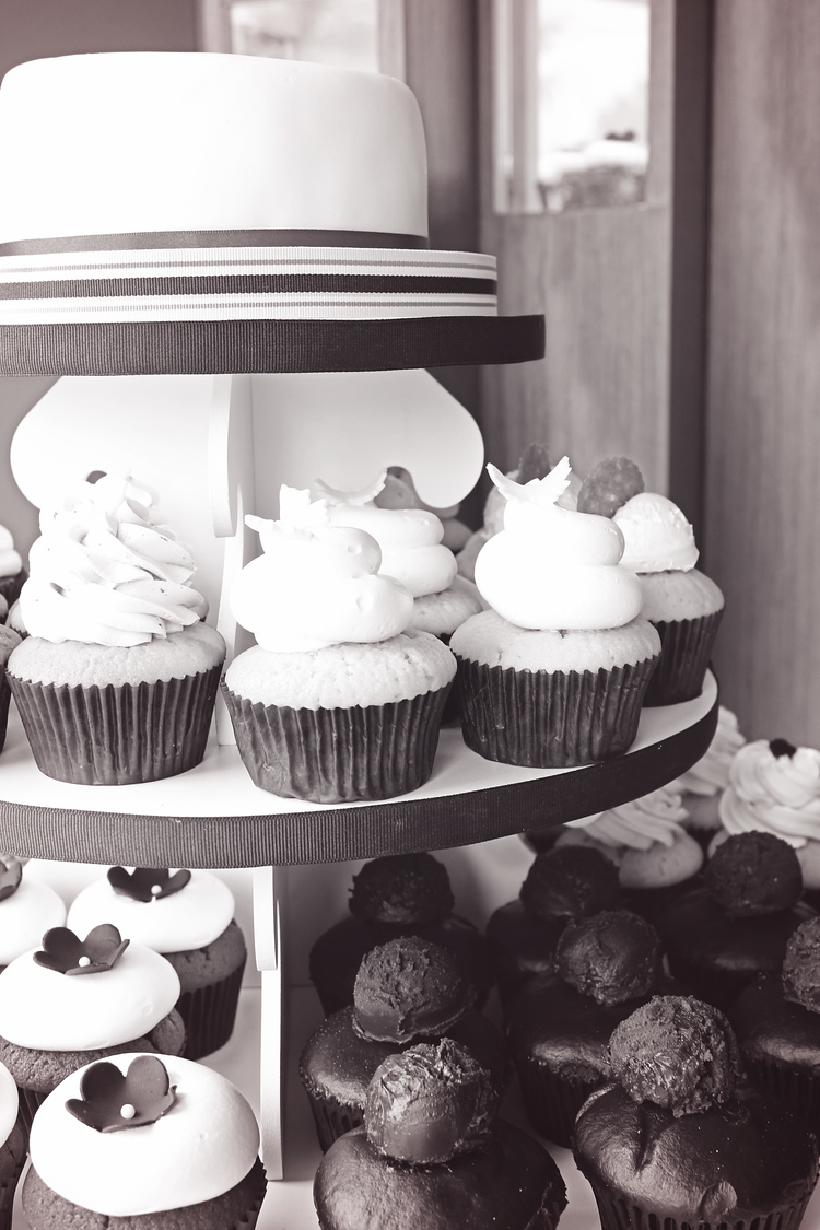 Esther's Cupcakes | Wedding Cupcake Tower