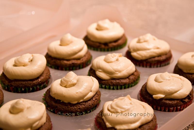 chocolate bacon caramel cupcakes - 11