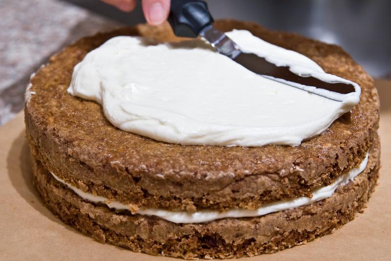 bill's big carrot cake - 3