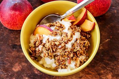 Summeripe Peach Quinoa Flax Seed Granola