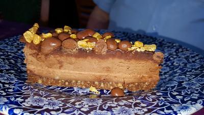 Milk chocolate honeycomb cheesecake