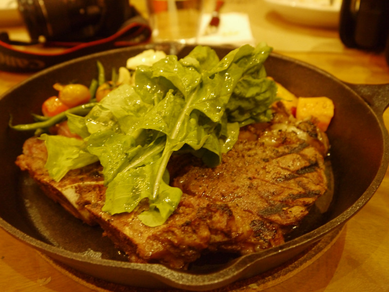 House specialty Bisteka fiorentina