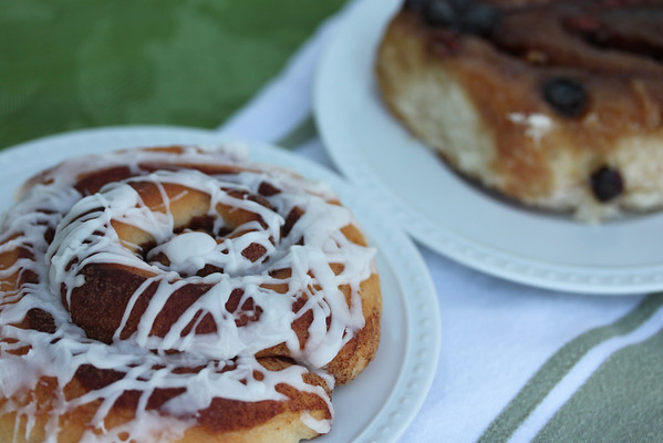 # 8 Cinnamon buns and sticky buns