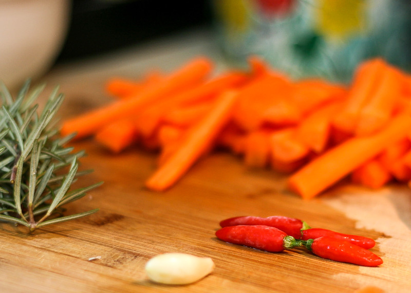 Rosemary, carrots, red peppers, and garlic.