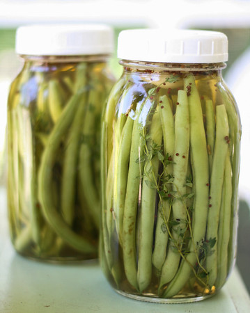 Green bean quick pickles