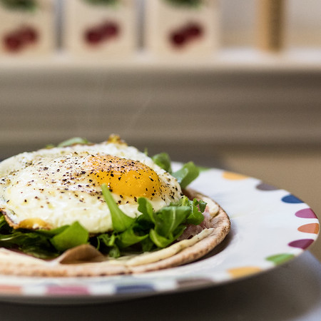 A quick and easy Crispy Breakfast Pita!