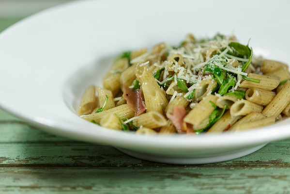 Penne with Wilted Arugula and Prosciutto