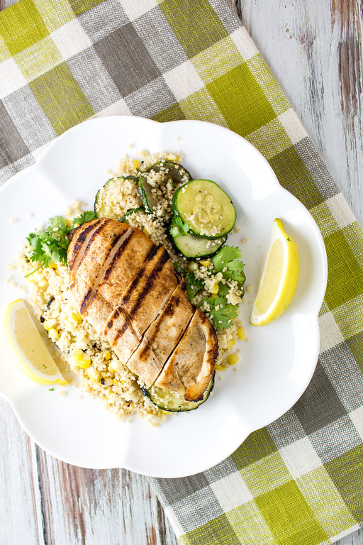 Plate with chicken, couscous and zucchini