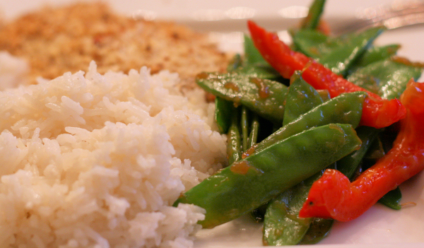 Snow Peas with Red Peppers