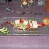 """""""Op eikenhout gerookte rivierpaling in witloofblaadjes met Jona Gold appel, komkommer salade en Shiso scheutjes in coulis van rode bietjes""""<br /> (Gastro-menu 2009-08-15)"""