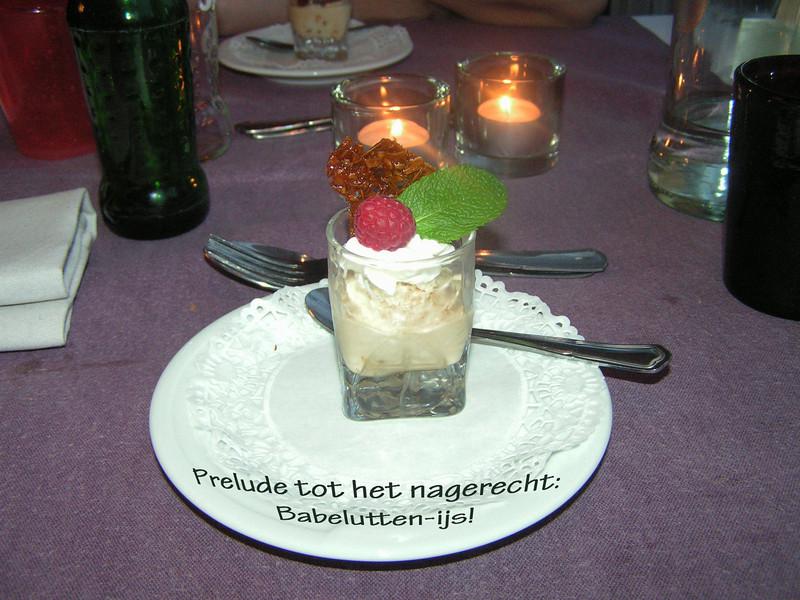 """""""Prelude tot het nagerecht: Babbelutten-ijs""""<br /> (Gastro-april 2009)"""