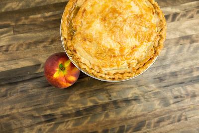 """""""Easy as Pie"""" Peach Pie"""