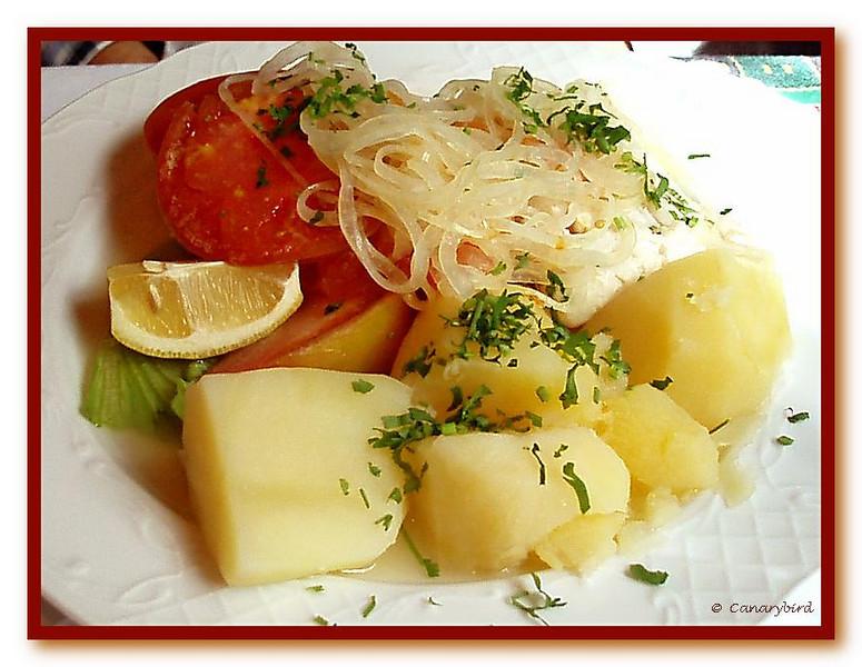 Baked Hake, Onion & Tomato