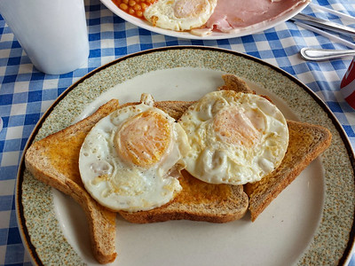 """Fried eggs on toast. Served in the Signalbox Cafe"""" in Totnes  18/08/14"""