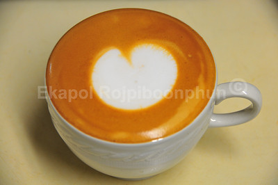 Starting with a cappa with velvety silky smooth froth milk.