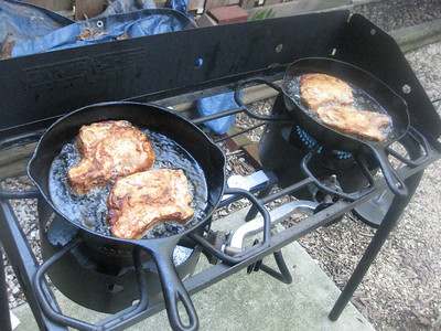 dan's southern fried porkchops (on the kick-ass outside stove top)