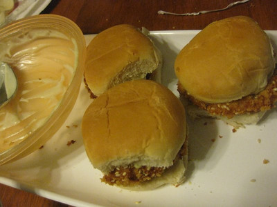 jen and brad's crabcake sliders with wasabi mayo