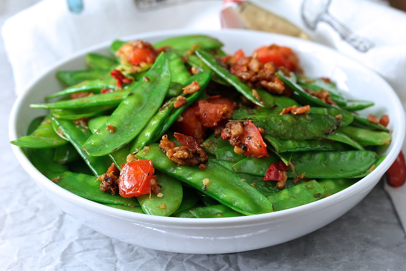 Liang Nian Xiu's Snow Peas, Tomatoes, and Chilies