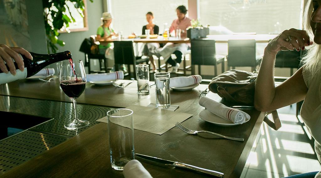 Dining30_1601