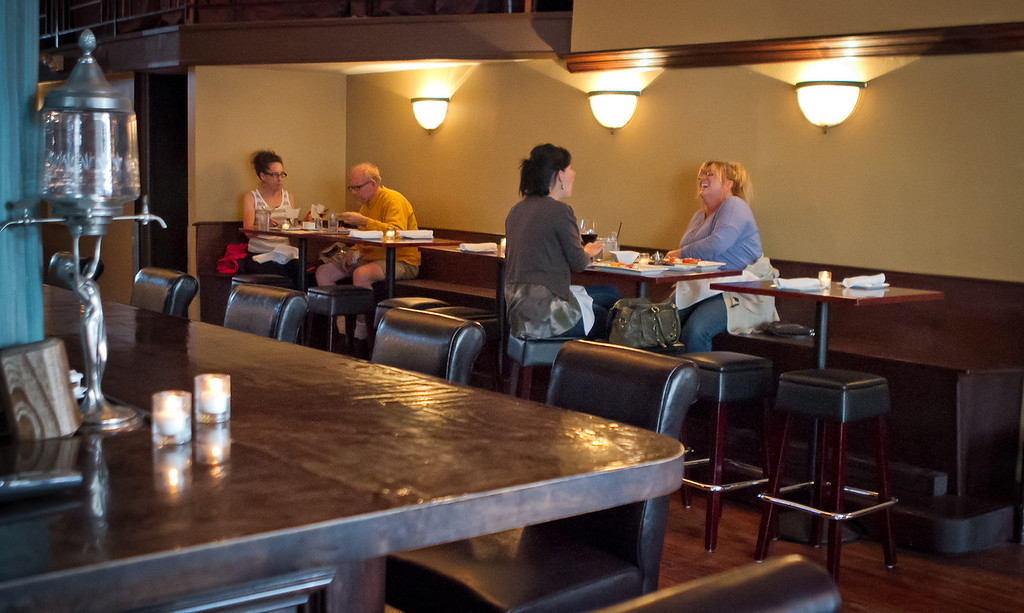 Diners enjoy dinner at American Oak restaurant in Alameda, Calif., is seen on Tuesday,  August 30th, 2012.